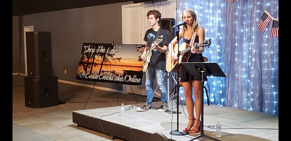 Riley Thompson Music at E-VENTS on Cedar Creek Lake with KCCL.online